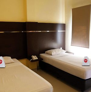 Nida Rooms Makassar Town Square photos Exterior