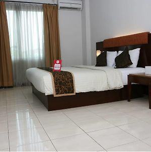 Nida Rooms Central Jakart Senen Market photos Exterior