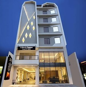 Yellow Star Gejayan Hotel photos Exterior