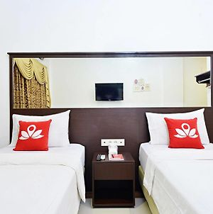 Zen Rooms Sukaresmi Karang Setra photos Exterior