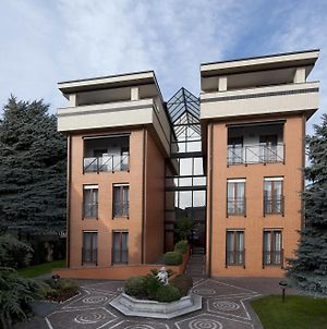 Cp Residence And photos Exterior