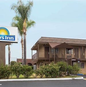 Days Inn By Wyndham San Bernardino photos Exterior
