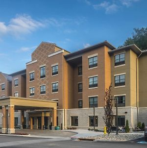 Best Western Plus Franciscan Square Inn & Suites Steubenville photos Exterior