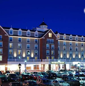 Salem Waterfront Hotel And Suites photos Exterior