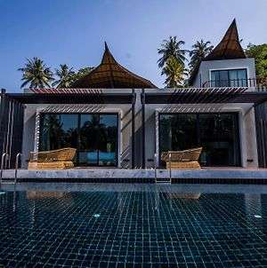 Private Pool By The Tarna photos Exterior
