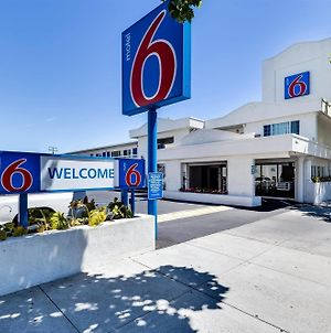 Motel 6 San Jose Convention Center photos Exterior