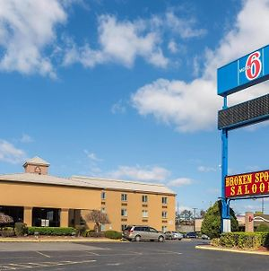 Econo Lodge Nashville photos Exterior