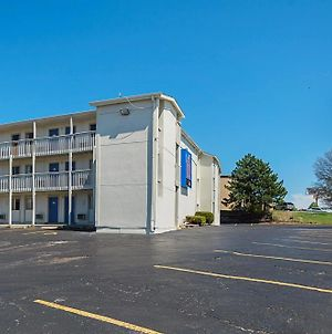 Motel 6 Blue Springs photos Exterior