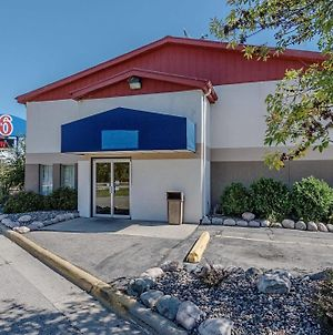 Motel 6 La Crosse Wi photos Exterior