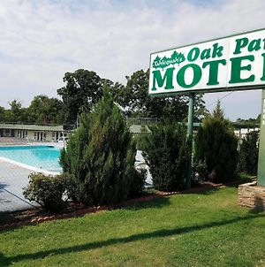 Oak Park Motel photos Exterior