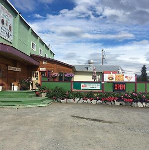 Kluane Park Inn photos Exterior