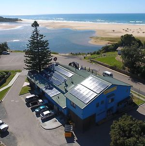 The Waterwheel Beach Cabins Caravan Park photos Exterior
