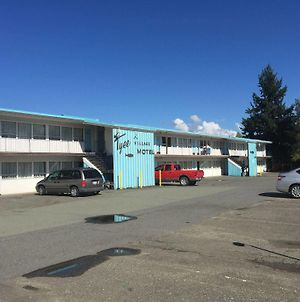 Tyee Village Motel photos Exterior