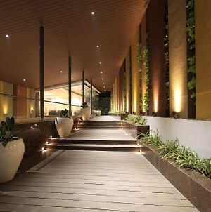 Icon Business Hotel By Bhagini photos Exterior