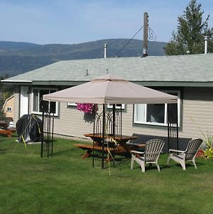 Shuswap Lake Motel And Resort photos Exterior