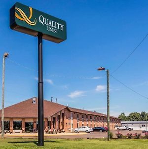 Quality Inn Batesville photos Exterior