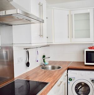 Trendy Studio Flat In Kemptown Village photos Exterior
