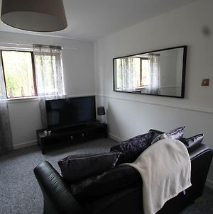 2 Bedroom House In Cardiff With Garden Junction 32 photos Exterior