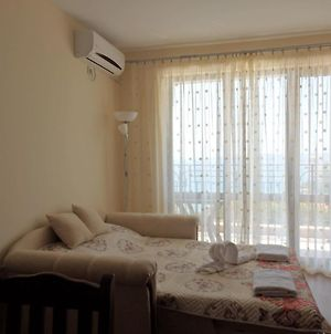 Apartment For Vacation In Balchik photos Exterior