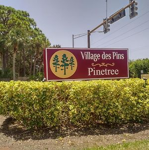 Fantastic Villa At Village Des Pins Sarasota, Near Siesta Key photos Exterior