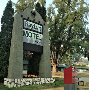 Ray Lyn Motel photos Exterior