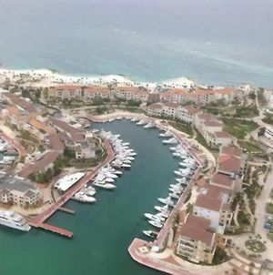 Cap Cana Luxurious Marina Condo photos Exterior