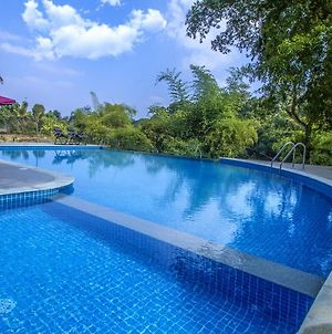 Pepper Green Wayanad Resort With Swimming Pool photos Exterior