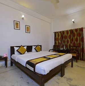 Oyo Rooms Lake Palace Road photos Exterior