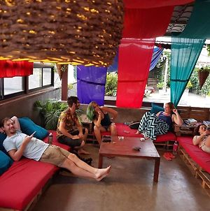 Colombo Beach Hostel By Nomadic photos Exterior