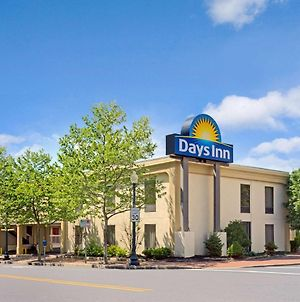 Days Inn By Wyndham Silver Spring photos Exterior