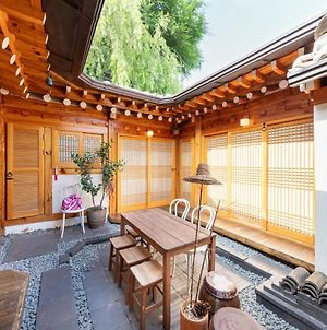 Open Real Luxury Korean Hanok photos Exterior
