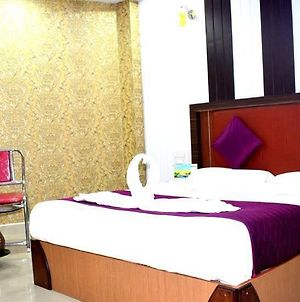Rooms With 1 King Size Bedded 2 Single Cart Beds Ac photos Exterior