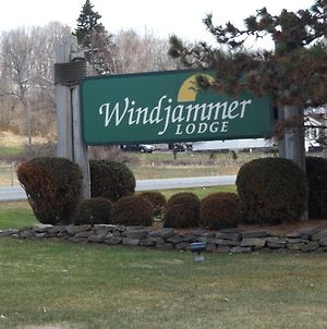 Windjammer Lodge photos Exterior