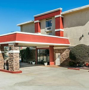 Ramada By Wyndham Oklahoma City Airport North photos Exterior