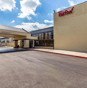 Red Roof Inn Plus+ & Suites Houston - Iah Airport Sw photos Exterior