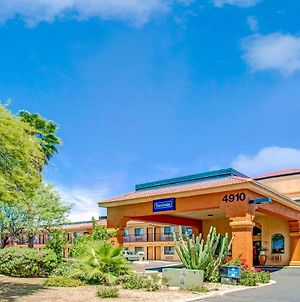 Travelodge By Wyndham Tucson Az photos Exterior