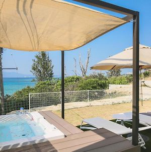 Luxury Private Villa『Hermit Hills Okinawa With Colors』 photos Exterior