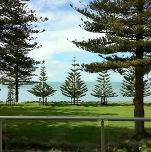 18 The Breeze Right In The Heart Of Victor Harbor photos Exterior