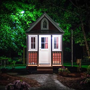 Mount Hood Village Scarlett Tiny House 3 photos Exterior
