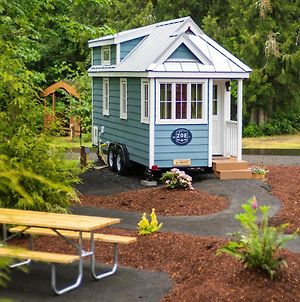 Mount Hood Village Zoe Tiny House 9 photos Exterior