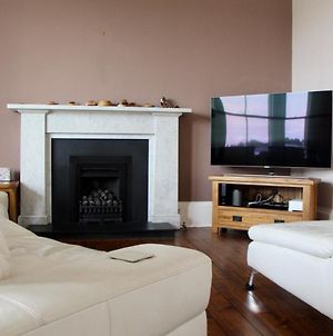 Large 3 Bedroom Apartment In Canonmills photos Exterior