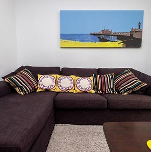 Beautiful Townhouse With 4 Poster Bed & Balcony photos Exterior