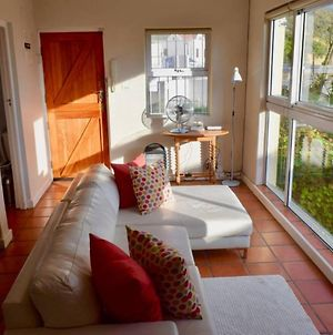 1 Bedroom House In Clifton With Views photos Exterior