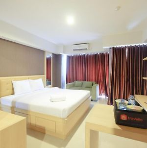 Comfortable And Modern Studio Apartment Near Cawang And Mt Haryono By Travelio photos Exterior
