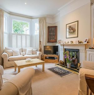 Stunning Wandsworth Home Close To The River Thames photos Exterior