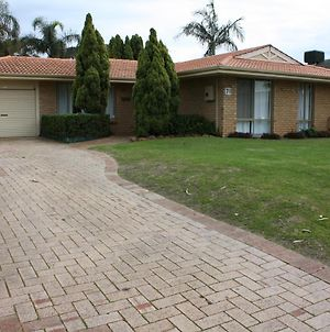 Canal Time Home Mandurah photos Exterior