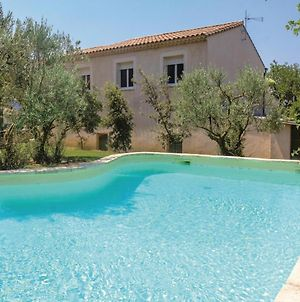 Three-Bedroom Holiday Home In St Paul Trois Chateaux photos Room