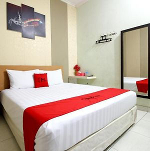 Reddoorz Near Adisucipto Airport 3 photos Exterior