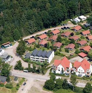 Ferienhaeuser Am Waldrand photos Exterior