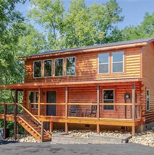 Pure Indulgence - Two Bedroom Cabin photos Exterior